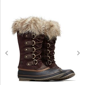 SOREL Women's Joan of Arc Insulated Boots